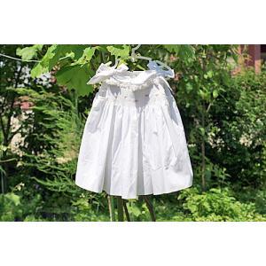 daa59a077495c 衣類 ドレス ベビードレス スモッキングドレス 刺しゅうドレス サンドレス90ホワイト