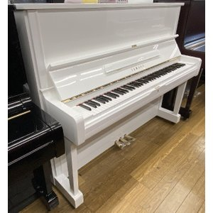 【ピアノデリバリー(レンタル)】ヤマハ U1Aホワイト特注<消音機能付き>(中古再調整品/新品同様)|kogapiano