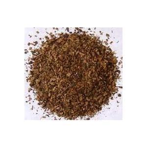 伽羅と沈香2種類と古典的原料を8種類を配合しています。さらに麝香で全体を引き締め、長時間熟成された辛...