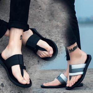 デザイン性の高いミッドソール高い弾力性と柔らかさがあり 足にフィットして快適な履き心地。 PUのミッ...
