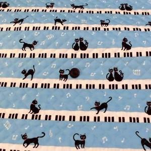 お気に入りシリーズ オックスキルティング(ねことピアノ ブルー)|komachi