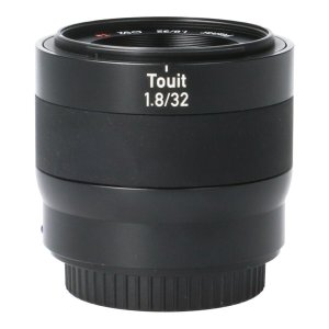 CARL ZEISS E TOUIT32mm F1.8(APS−C)
