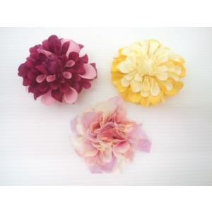 メゾピアノ mezzopiano カラーによりお花デザインが異なる和装・洋装ヘアクリップ ヘアアクセサリー ヘアクリップ 和装アクセサリー ギフト|konyankobrando-kids