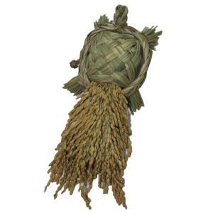 ワラ細工「亀」 (縁起物の亀を米俵の上に載せる事が出来ます)|kosihikari
