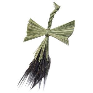 ワラ細工「鶴」 (縁起物の鶴を米俵の上に載せることが出来ます)|kosihikari