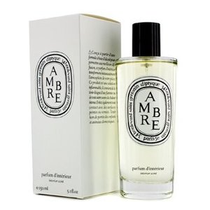 デリケートな香りのルームスプレー。ソフトで心地よい香りがいきいきとした空間を演出します。お部屋全体で...