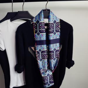 送料無料 レディーススカーフ 100%ポリエステル小物 アクセサリー ファッション雑貨 激安 高級サテン 落ち感光沢柔らかい 長方形144cm*16cm 選べるデザイン|kotoshopping