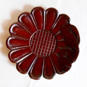 鎌倉彫 バラ売り茶托 菊のくずし葉付き (一枚売り)|koudou