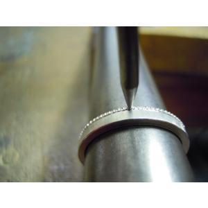 プラチナ 結婚指輪【本物の鍛造】2本の指輪を合わせると 可愛いミル打ちのハートに|kouki|19