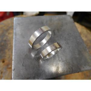 プラチナ 結婚指輪【本物の鍛造】ハートをミル打ちで囲んだ可愛いデザイン&指輪を重ねるとハートに|kouki|21