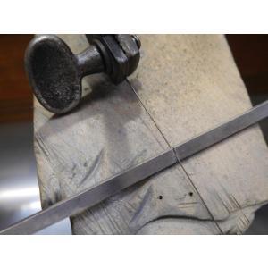 プラチナ 結婚指輪【本物の鍛造】叩き出し&打ち出した槌目にハートを彫る!2本の指輪を重ねるとハートに kouki 12