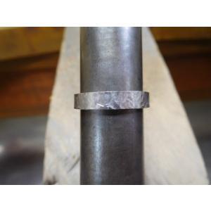 プラチナ 結婚指輪【本物の鍛造】叩き出し&打ち出した槌目にハートを彫る!2本の指輪を重ねるとハートに kouki 19
