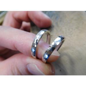プラチナ結婚指輪(鍛造&彫金)光沢&艶消しコンビ 雫&滴 まが玉|kouki|02