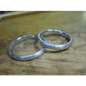 プラチナ結婚指輪(鍛造&彫金)光沢 ウェーブ彫り 波デザイン|kouki