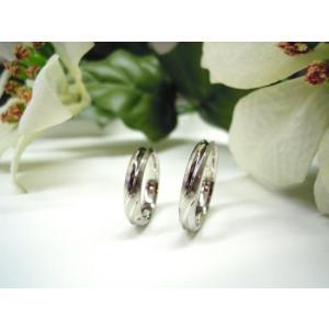 プラチナ結婚指輪(鍛造&彫金)光沢&艶消しコンビ 甲丸に極太ライン|kouki
