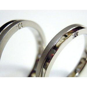 プラチナ 結婚指輪【本物の鍛造】厚みのある平打ちの側面に石、サイドストーン!光沢と艶消しのコンビが魅力的|kouki|03
