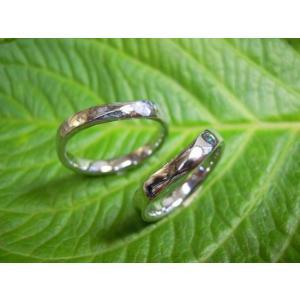 プラチナ 結婚指輪【本物の鍛造】緩やかなV字デザインで最高の着け心地!男性用は槌目&女性用はダイヤ入り|kouki|04