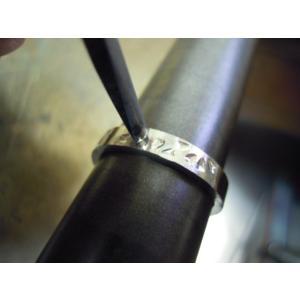 プラチナ 結婚指輪【本物の鍛造】桜の花びらを打ち出した特注の槌目!艶消しの平打ちに桜の槌目模様|kouki|19