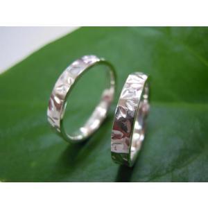 プラチナ結婚指輪(鍛造&彫金)光沢 桜の限定打ち出し&鎚目|kouki|04