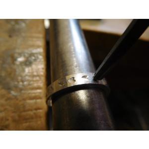 プラチナ 結婚指輪【本物の鍛造】荒仕上げの甲丸デザインに桜の槌目!シンプルなので桜が引き立つ! kouki 18