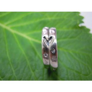 プラチナ結婚指輪(鍛造&彫金)荒仕上げ 甲丸にハート彫り&桜打ち出し kouki 04