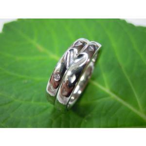 プラチナ結婚指輪(鍛造&彫金)光沢 甲丸リングにハート彫り&桜打出し|kouki|02