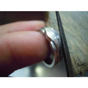 プラチナ 結婚指輪【本物の鍛造】プラチナを荒く仕上げた斬新でお洒落な印台リングが格好いい!|kouki|20