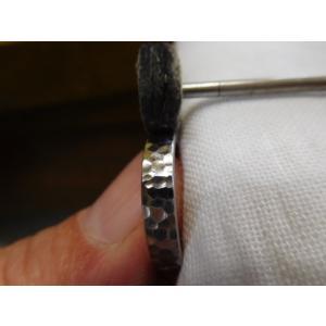 プラチナ結婚指輪(鍛造&彫金)光沢 印台風リング ダイヤのパヴェ留め kouki 06