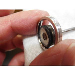 プラチナ結婚指輪(鍛造&彫金)光沢 幅広リングに繋がるハート 透かし彫り|kouki|06