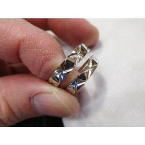 プラチナ結婚指輪(鍛造&彫金)光沢 平打ちリングに格子柄 格子模様|kouki|06
