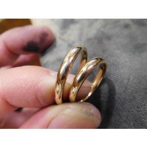 プラチナ 結婚指輪【本物の鍛造】光沢のウェーブカットデザイン!勢いよく流れるウェーブの躍動感が凄い! kouki