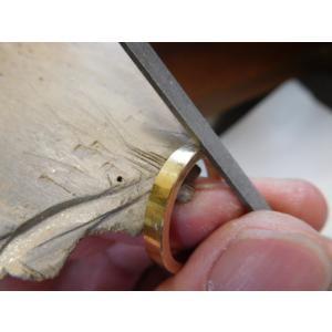 ゴールド 結婚指輪【本物の鍛造】浅めの槌目が繊細で美しい!シンプルな艶消し平打ちデザイン kouki 11