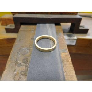 ゴールド 結婚指輪【本物の鍛造】浅めの槌目が繊細で美しい!シンプルな艶消し平打ちデザイン kouki 14