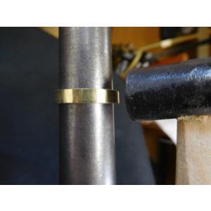 ゴールド 結婚指輪【本物の鍛造】浅めの槌目が繊細で美しい!シンプルな艶消し平打ちデザイン kouki 09