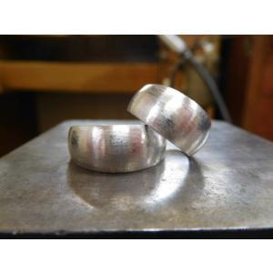 プラチナ結婚指輪(鍛造&彫金)荒仕上げ&荒削り 幅広の月形甲丸リング|kouki|10