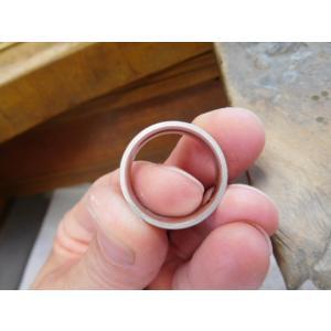 プラチナ結婚指輪(鍛造&彫金)マット 超幅広&超極太 平打ちリングに平らな鎚目|kouki|04