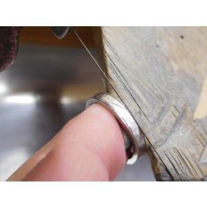 プラチナ 結婚指輪【本物の鍛造】打ち出した槌目模様を一段上げる&フチを光沢にして槌目を引き立たせる!|kouki|19