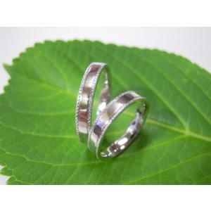 プラチナ結婚指輪(鍛造&彫金)鏡面仕上げ 平打ちリングの縁に小さいミル打ち|kouki|04