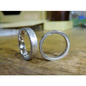 プラチナ結婚指輪(鍛造&彫金)幅広&肉厚平打ちリング マット打ち出し&側面にミル打ち|kouki