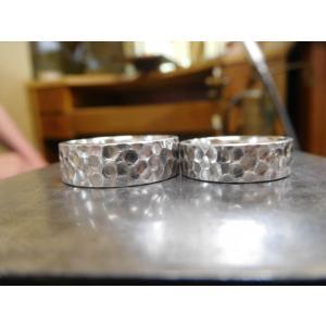プラチナ 結婚指輪【本物の鍛造】極太の平打ちに艶消しの深い槌目が凄い! 男性7ミリ幅 女性6ミリ幅|kouki|03