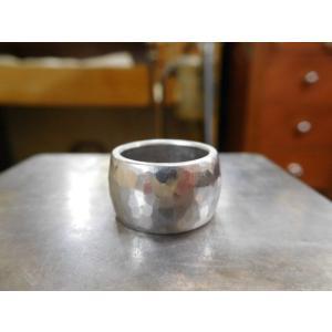 プラチナ結婚指輪(鍛造&彫金)艶消し 10mmの超極太&超肉厚 平甲丸の槌目リング|kouki|06
