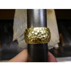 ゴールド結婚指輪(鍛造&彫金)光沢 鬼極太の深い槌目リング 男性12mm 女性10mm|kouki|15