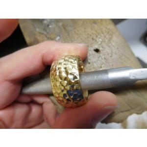 ゴールド結婚指輪(鍛造&彫金)光沢 鬼極太の深い槌目リング 男性12mm 女性10mm|kouki|17