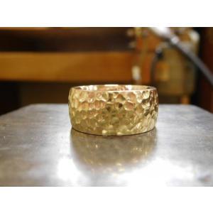 ゴールド結婚指輪(鍛造&彫金)光沢 鬼極太の深い槌目リング 男性12mm 女性10mm|kouki|04