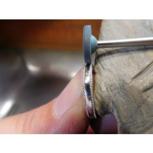 プラチナ結婚指輪(鍛造&彫金)甲丸リングの両フチに極小ミル打ち リング幅2.6ミリ|kouki|20