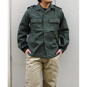 【商品名】 ベルーギー軍放出フィールドシャツ未使用デットストック オリーブ 48  【ジャンル・特徴...