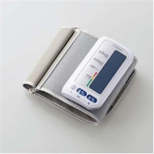 エレコム 上腕血圧計(充電式専用ケーブル/Bluetooth対応) HCM-AS01BT-WH ホワイトの画像