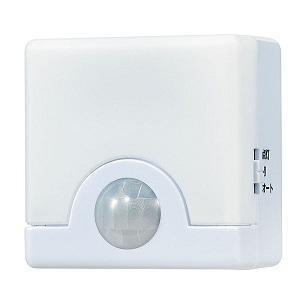 (アウトレット) ELPA 人感センサーライト PIR-SL200(W) ホワイト|ksdenki