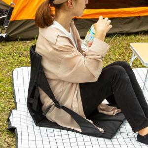 座椅子 アウトドアチェア 軽量 折りたたみ コンパクト 椅子 イス マット 折り畳み アウトドア キ...