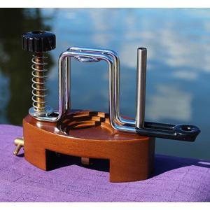万力付きバネ式ポンプ絞り台|kujirafc